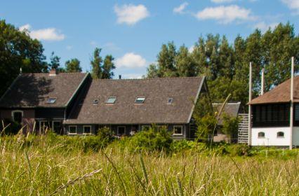 15. huis zuidkant met hooiberg_.jpg