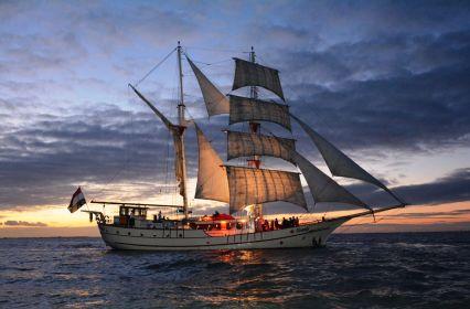 zeil-trouwschip-bounty_alex-van-klaveren_33-1.jpg