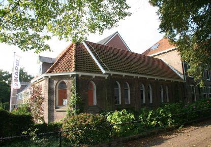 Authentieke Kapel in Pittoresk Dorp