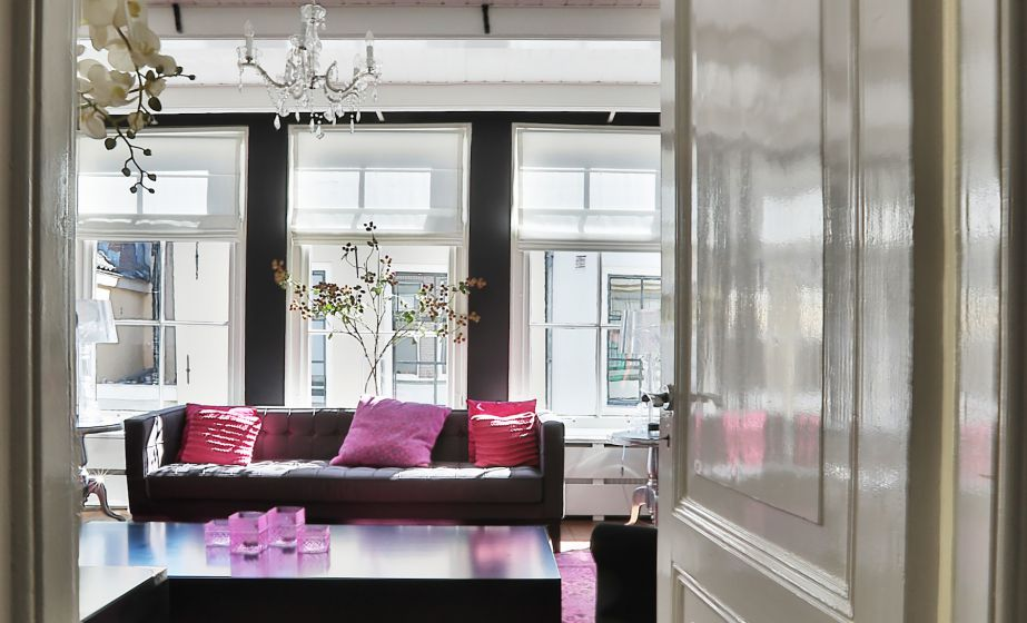 Loeff Lounge 2.JPG