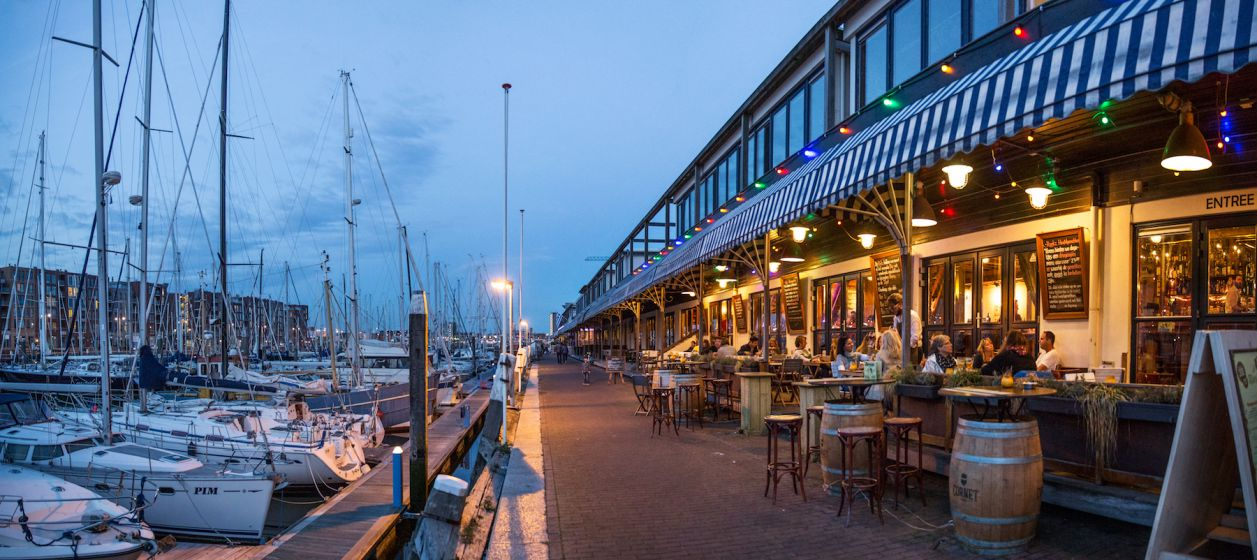 Scheveningen Harbour at dusk.jpg