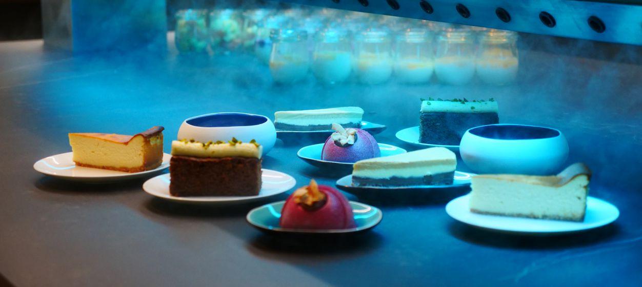Coolspot buffet - desserts.JPG