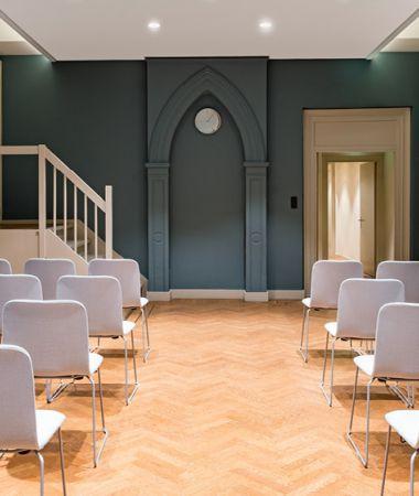 17e Eeuwse Schuilkerk met Bijzondere Ambiance
