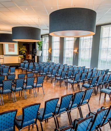 Allround-Partycenter met Stijlvol Interieur
