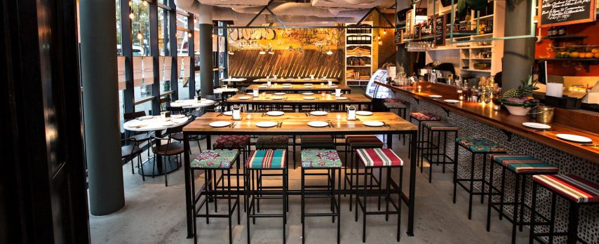 Kleurrijk Restaurant in Mediterrane Sferen