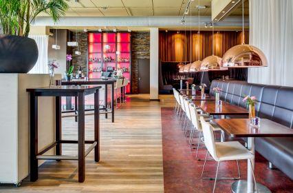 ZW_LUM Restaurant-Bleufinger03.jpg