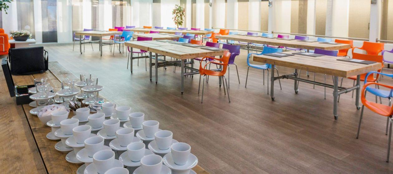 Vergaderen in Groot Sport- en Partycentrum