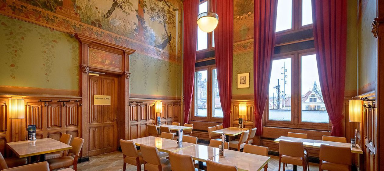 4 Seizoenen Wachtkamer a la carte opstelling_InPixio.jpg