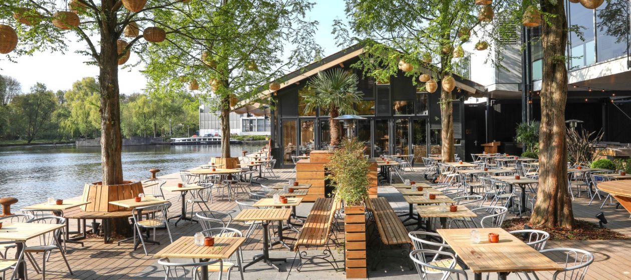 Strandzuid_restaurant_terras_buiten_overdag3_InPixio.jpg