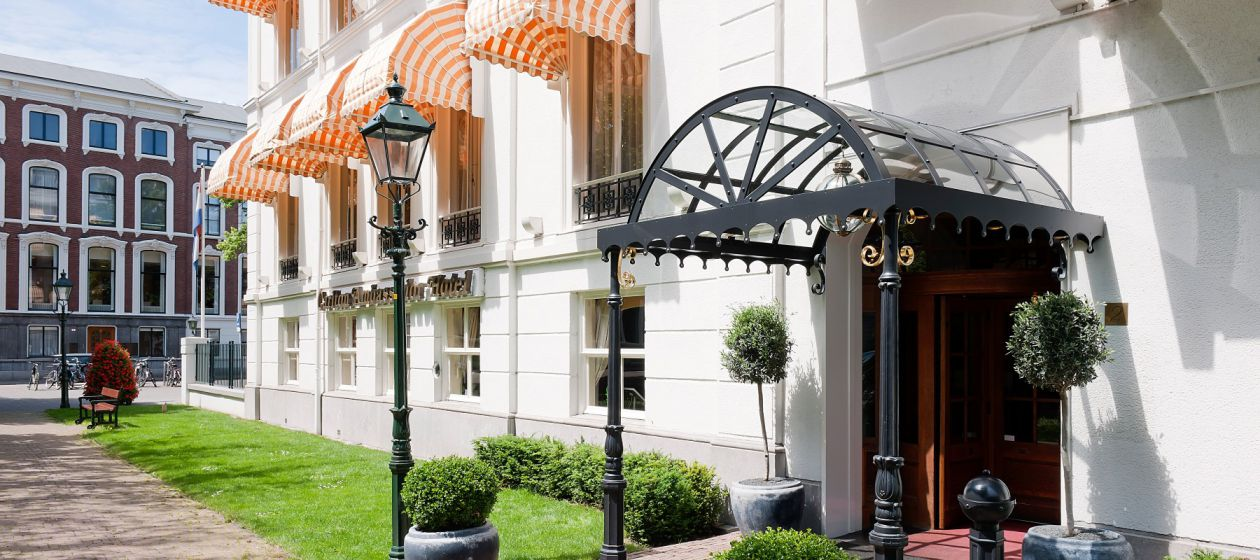 8. Carlton_Ambassador_Hotel_Exterior_InPixio.jpg
