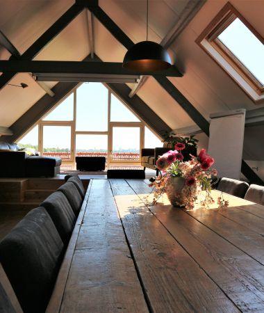 Lichte Vergaderlocatie met Uitzicht op de Domtoren in Utrecht
