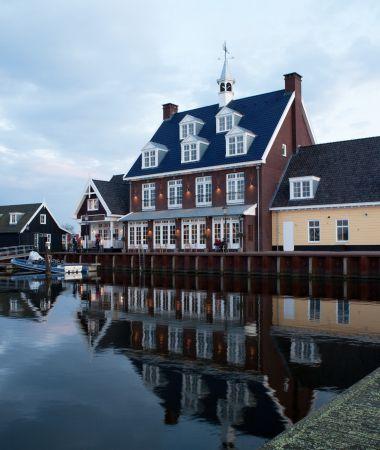 Luxe Hotel in Nautische Stijl