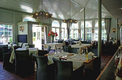 Restaurant de Rotisserie binnen.jpg