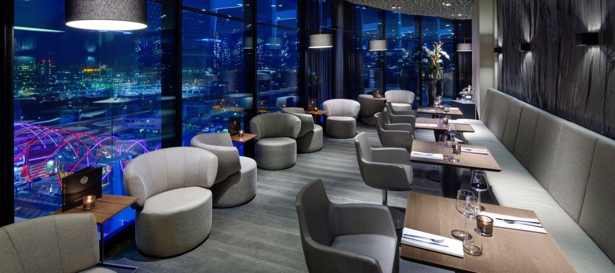 Amsterdam-Interieur-SKY Lounge&Bar Pi_5386_InPixio.jpg