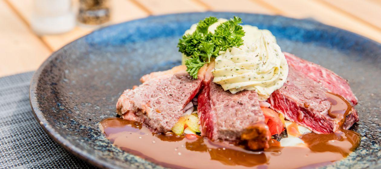 8 restaurant_InPixio.jpg