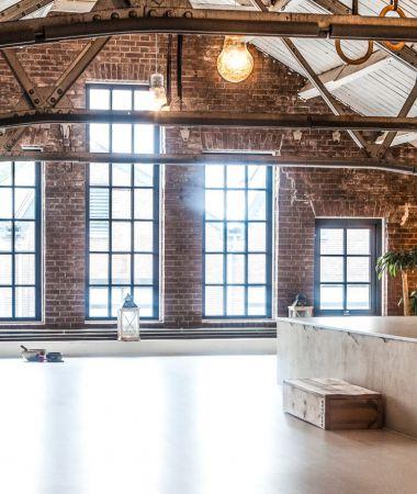 Industrieel Yogacentrum in Hilversum