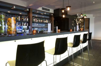 Mooirivier Grand Cafe - bar.jpg