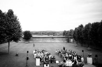 Ceremonie achtertuin.jpg