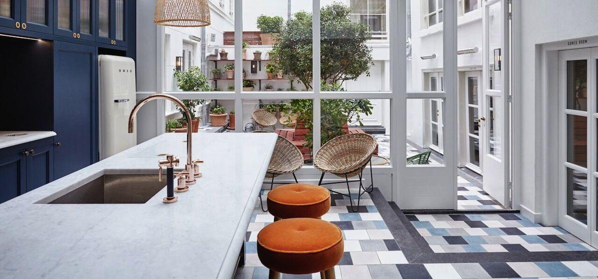 Kitchen-Courtyard 2.jpg