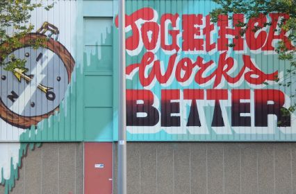 Together works better kopie.JPG