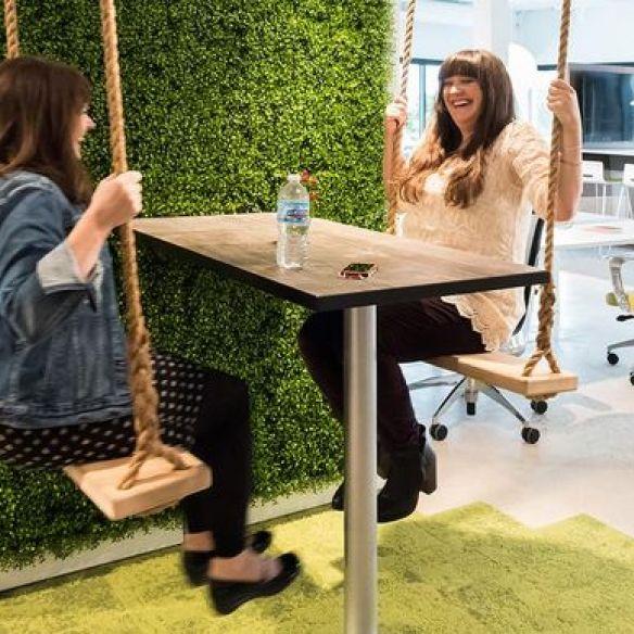 Bijzondere vergader 'stoelen' die je meeting nét wat interessanter maken